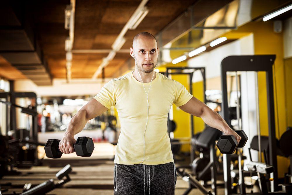 Treinar sozinho hipertrofia
